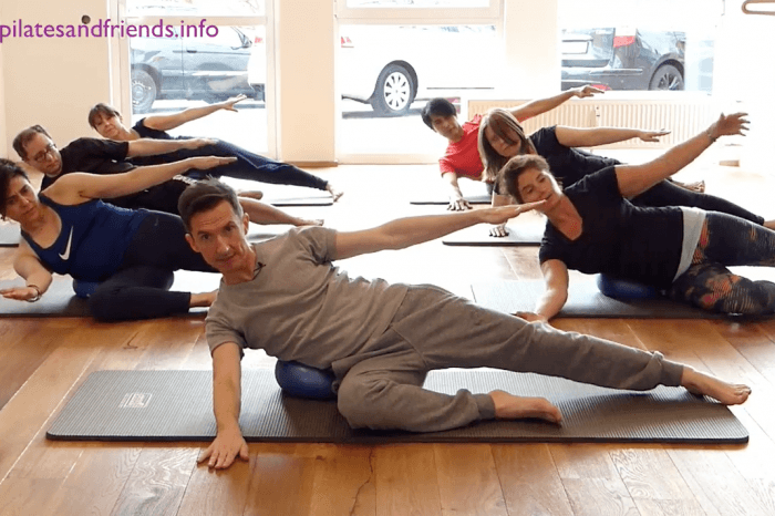 Reformer on the Mat mit dem Ball mit Andy Raaflaub (16 Min)