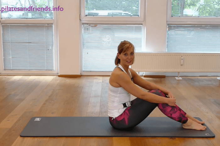 Pilates Elements – Erde mit Andrea Frey  (21 Min)  (L 1)